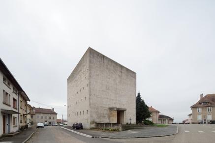 Eglise Saint Pient - Moyenvic architecte: Gilles Bureau